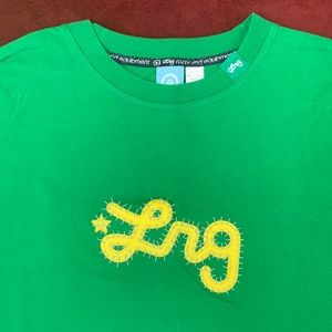 🆕😎NWOT LRG Roots and Equipment T